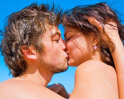 Por que gostamos tanto de beijar na boca?