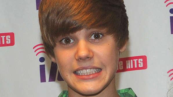 Justin Bieber sorridente