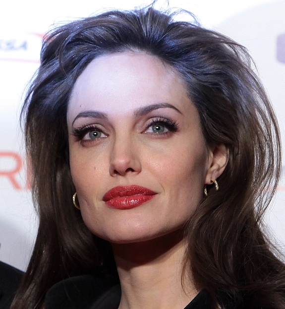 Lábios de Angelina Jolie